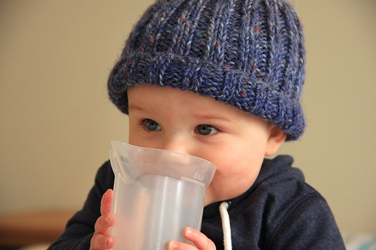 Free knitting pattern: simple knitted beanie